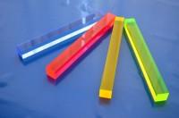 Acrylglas GS, Viereckstab, Fluoreszierend Kantenlänge 40 mm; GP: Max 119,10€/m
