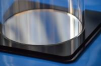 Plexiglas® Boden mit Nut Quadrat für Rohr Farbe Schwarz / Spiegel